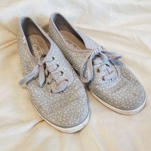 Gray keds